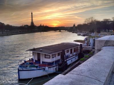 La Tour-Eiffel depuis la Concorde